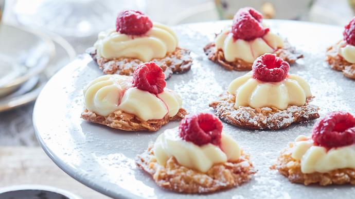 Raspberry and custard coconut crisps