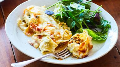Cheesy pork, pumpkin and spinach cannelloni