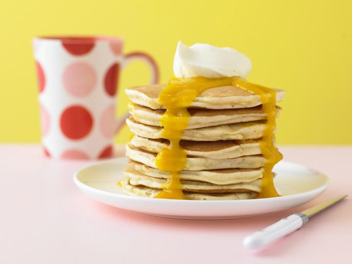 "**[White chocolate pancakes with mango](https://www.womensweeklyfood.com.au/recipes/white-chocolate-pancakes-with-mango-13024|target=""_blank"")**"