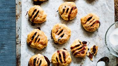 Best-ever traditional Eccles cakes