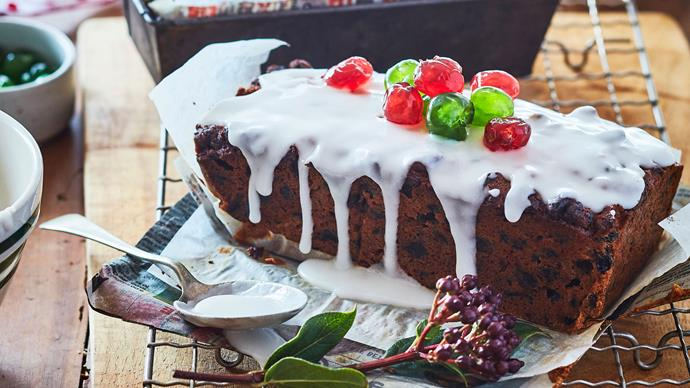 Mum's Christmas gift cakes