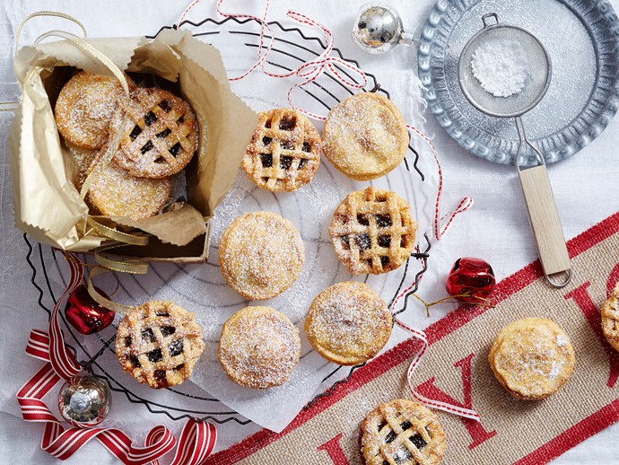 almond fruit mince pies
