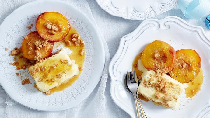 baked peaches with crumble topping