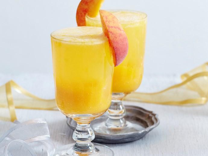 peach and champagne bellini
