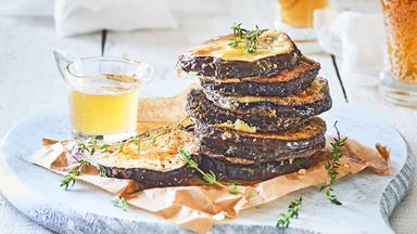 Fried eggplant with thyme honey (berenjenas con miel)
