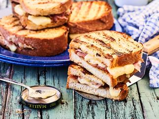 Barbecued French melt sandwiches