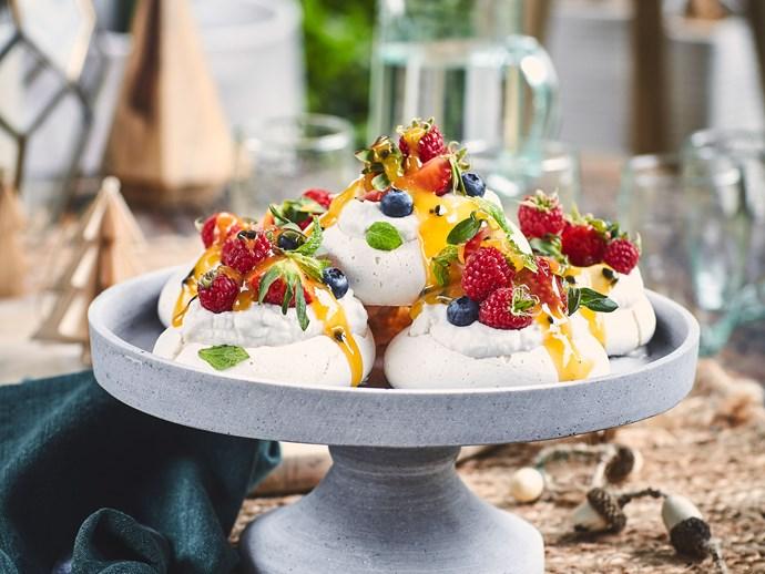 Magic mini vegan pavlovas (dairy-free and gluten-free)