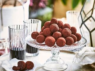 Dark chocolate and avocado truffles