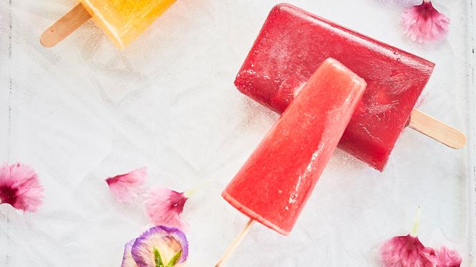 Giggle pops (fruity adult ice blocks)