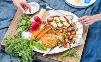How to build the perfect vegetarian party platter
