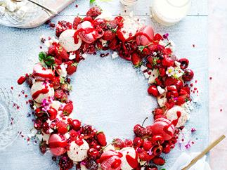 Christmas eton mess wreath