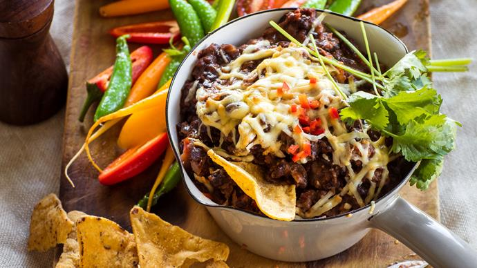 Hot chipotle bean dip