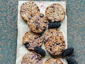 Dairy-free breakfast cookies with berries, oats and nuts