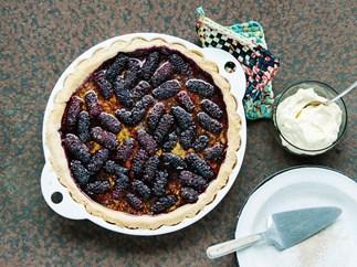 Berry bramble pie
