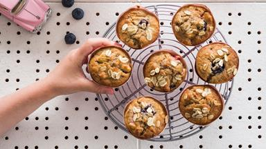 Apple and oat mini muffins with berries and cinnamon