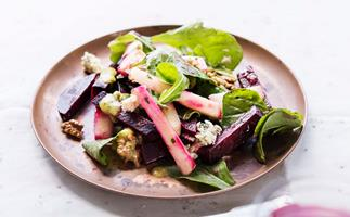 Beetroot, rocket and apple salad with walnut cider dressing