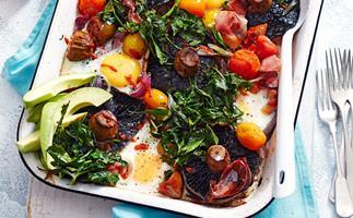 Roast mushroom, tomatoes and eggs