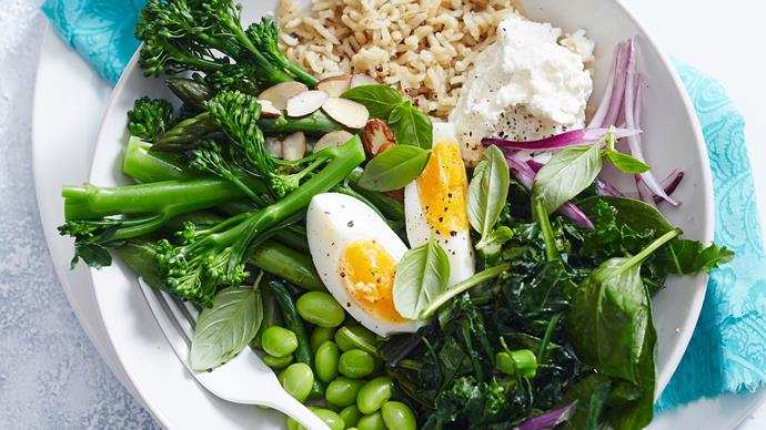 Quinoa, broccoli and asparagus