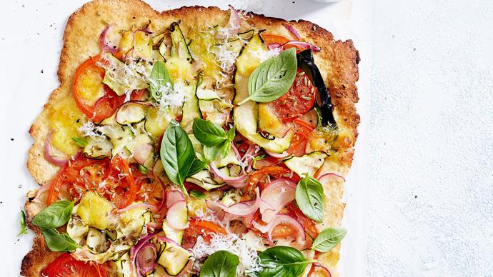 Courgette and tomato pizza