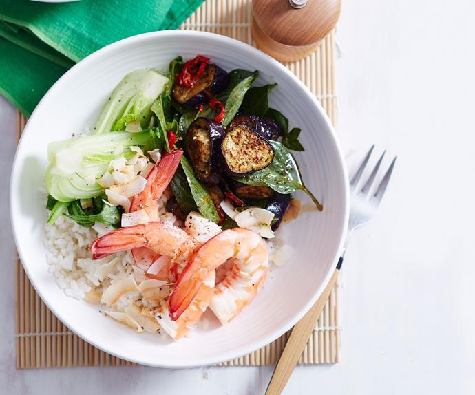 Thai coconut prawn poke bowl with chilli ginger dressing
