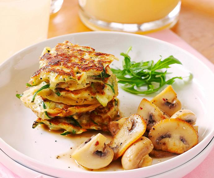 Sun-dried tomato and courgette fritters with mushroom