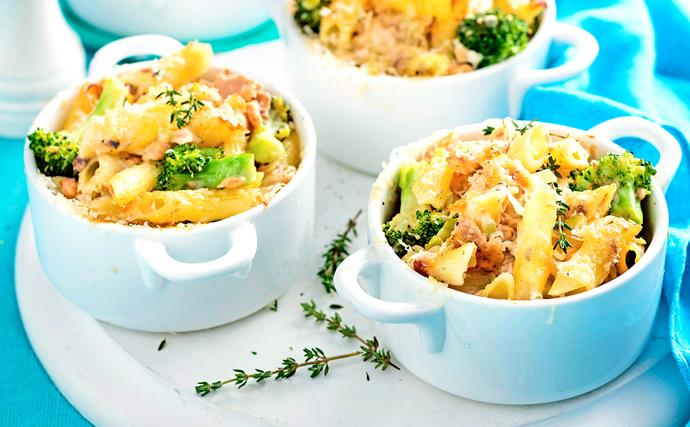 Gluten-free creamy salmon, broccoli and penne pasta pots
