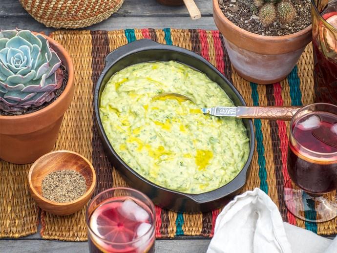Guasacaca (Venezuelan-style avocado and herb guacamole)