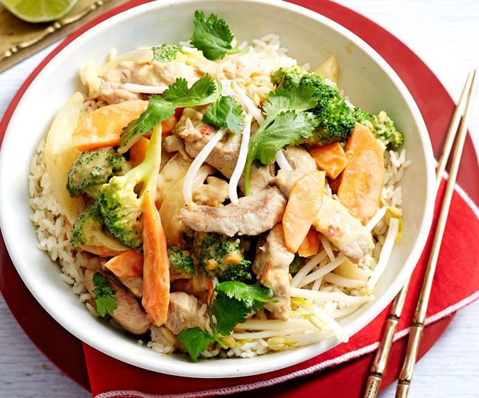 Satay pork and broccoli stir-fry with rice