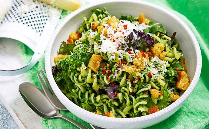 Gluten-free pasta with chilli, lemon and kale pesto