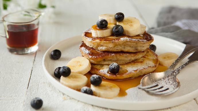 Banana and vanilla chia pancakes