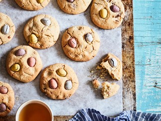 Mum's easy Easter egg biscuits