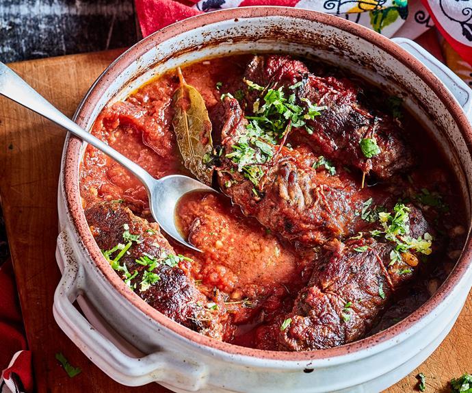 Slow-cooked Italian beef rolls in tomato sauce