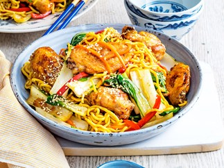 Chicken wing noodle stir-fry