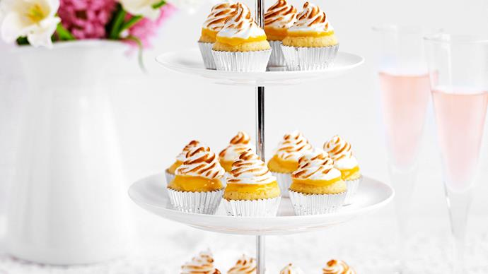 Mini lemon meringue cupcakes