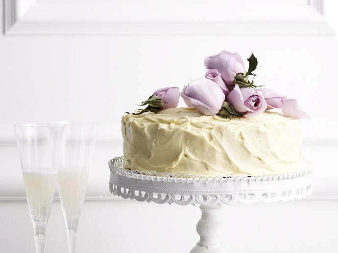 """**[White chocolate mud cake](https://www.womensweeklyfood.com.au/recipes/white-chocolate-mud-cake-26646