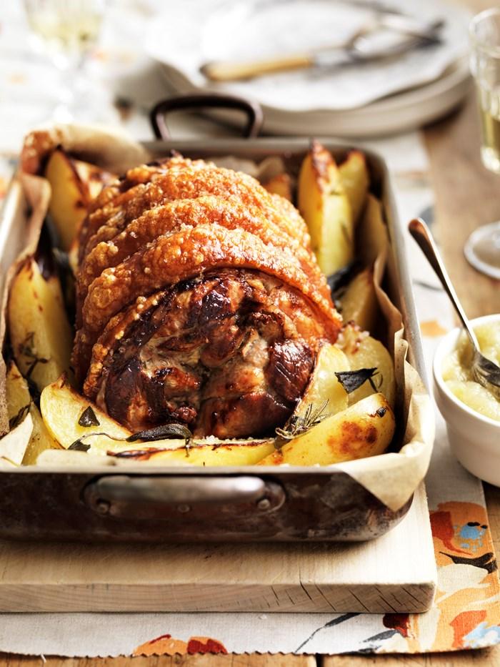 Pork leg roast with sage potatoes