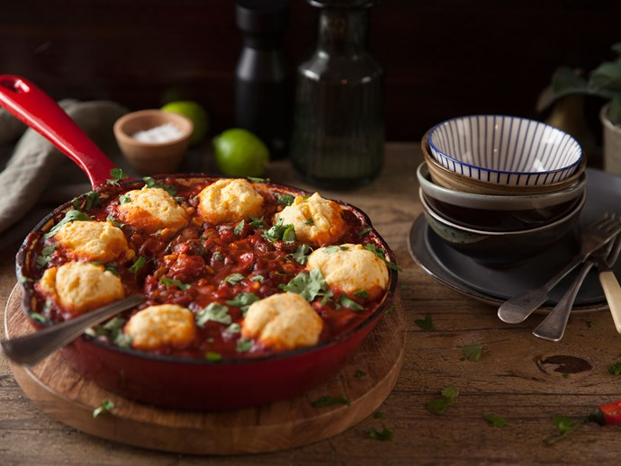 Skillet chilli with cornbread topping