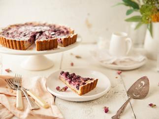 Blueberry yoghurt tart
