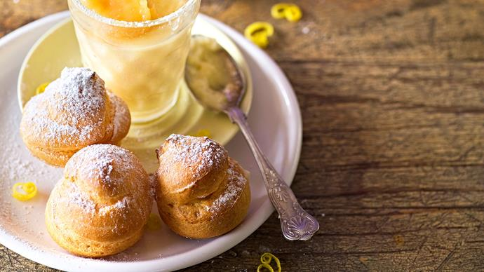 Marietjie's puffs with lemon blancmanche