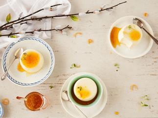 Yoghurt panna cotta with honey orange syrup