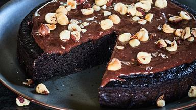 Gluten-free chocolate and hazelnut cake
