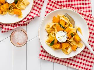 Pumpkin, sage and goat's cheese pasta