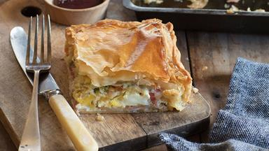 Nici's bacon and egg pie