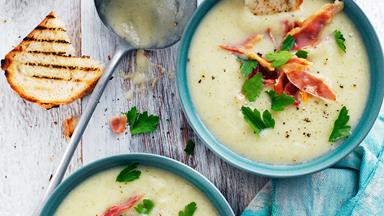 Cauliflower and courgette soup