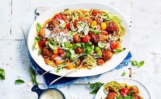 Meatballs with courgette spaghetti