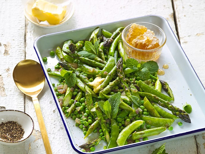 Buttered asparagus with peas and honey