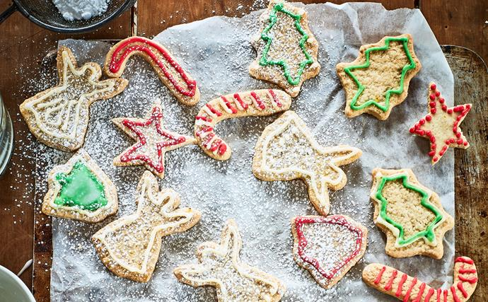 Festive spiced biscuits