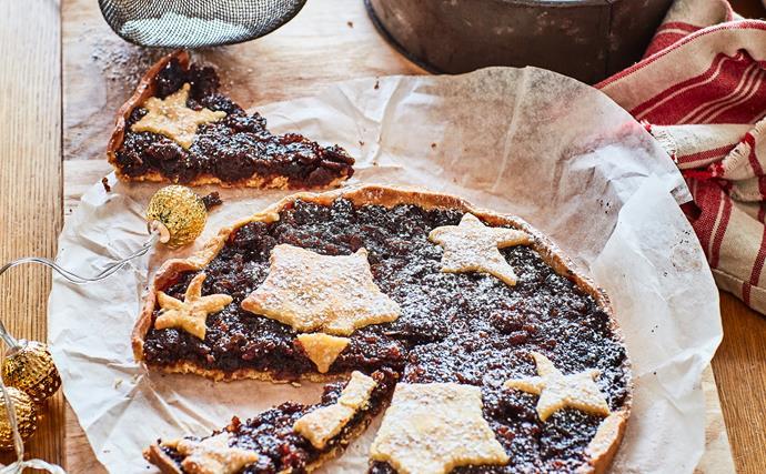 Christmas fruit tart