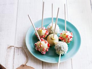 Christmas cake brownie pops