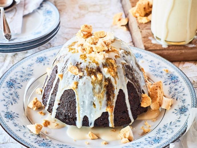 Christmas pudding with honeycomb